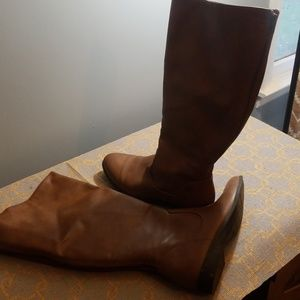 American Eagle 9Wide brown boots